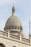 在蒙马特的Sacre Couer大教堂在巴黎 免版税库存照片