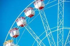 在蓝天的弗累斯大转轮 免版税库存图片