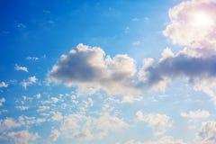 在蓝天的空白云彩 库存图片