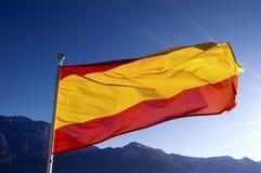 在蓝天的西班牙标志 免版税库存图片