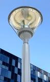 在蓝天背景的现代街灯  免版税库存照片