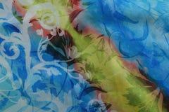 在蓝色人造丝织物的对角条纹 免版税图库摄影