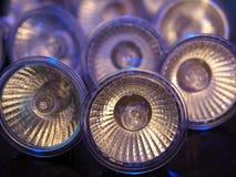 在蓝色光的卤素灯泡 免版税库存图片