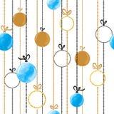 在蓝色和金黄颜色的无缝的圣诞节球样式 库存照片