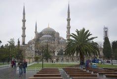 在蓝色清真寺在一多云12月天 伊斯坦布尔 库存照片