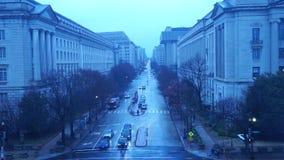 在蓝色的多雨华盛顿特区