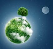 在蓝色的绿色行星 库存图片