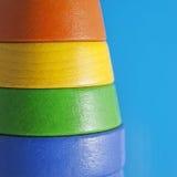 在蓝色背景的四种颜色 免版税库存图片
