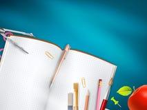 在蓝色背景的学校用品 10 eps 免版税库存照片