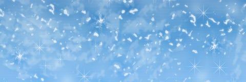 在蓝色背景的美丽的落的圣诞节雪 抽象 设计 背景看板卡祝贺邀请 衣服饰物之小金属片,雪花,星 库存照片