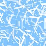 在蓝色背景的透亮白色条纹 免版税图库摄影