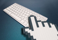在蓝色背景的键盘 计算机标志 3d翻译 3d例证 库存照片