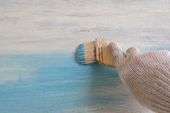 在蓝色颜色的Whiteboard油漆 库存照片
