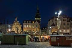 在蔬菜批发市场广场的圣诞节市场在布尔诺,捷克 免版税图库摄影