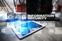 在虚屏上的信息保障和数据保护概念 图库摄影