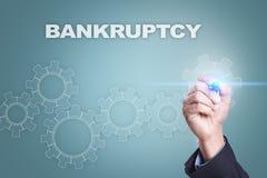 在虚屏上的商人图画 显示向量的破产企业计算机概念显示财务图形例证报表 库存图片