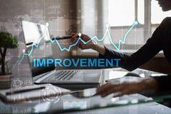 在虚屏上的改善图表 企业和技术概念 免版税库存图片