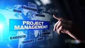 在虚屏上的项目管理图 企业、财务和技术概念 免版税库存图片