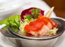 在虾仁开胃品的开胃用沙司 库存照片