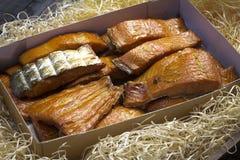 在蜂蜜的熏制鲑鱼 免版税库存照片