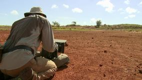 在蝗虫中的探险家逗留在马达加斯加群集 图库摄影
