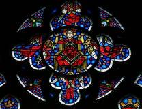 在蠕虫的彩色玻璃-耶稣基督在天堂 库存图片