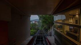 在行动时间间隔香港的山顶缆车 股票录像