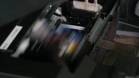在行动的打印机头 影视素材