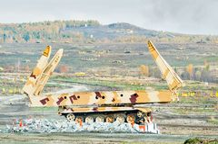 在行动的桥梁层数MTU-72 俄国 免版税库存照片