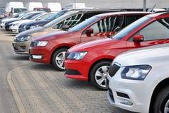 在行的全新的斯柯达汽车 免版税库存照片