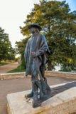 在街市奥斯汀和Co前面的史蒂维・雷・沃恩雕象 库存图片