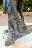 在街市奥斯汀和Co前面的史蒂维・雷・沃恩雕象 免版税库存图片