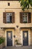 在街市海法建筑学以色列的门面 库存图片