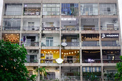 在街市的大厦在西贡,越南 图库摄影