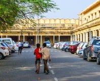 在街市的街道在斋浦尔,印度 免版税图库摄影