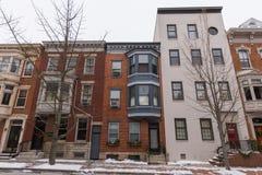 在街市约克, Pennsylva存放前面和公寓 免版税库存图片