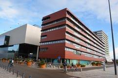 在街市Almere,荷兰的现代结构 库存照片