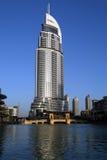 在街市Burj迪拜,迪拜的现代旅馆地址 免版税库存照片