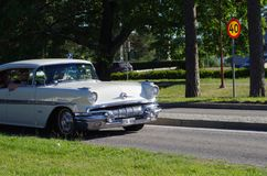 在街市Rättvik的老朋友汽车, 30 06 2018年 库存照片