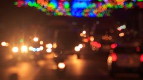 在街道上下的汽车摩托车反对上部照明 股票录像
