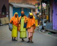 在街道上的人们在普斯赫卡尔,印度 库存照片