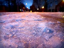 在街道上的冰 库存照片
