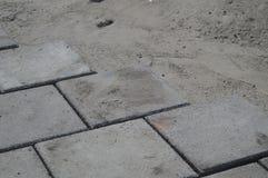 在街道上的最近被放置的石头 库存照片