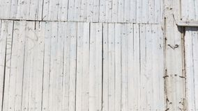 在街道上的木墙壁 免版税库存照片