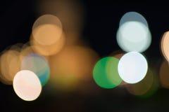 在街道上的模糊的光 免版税库存照片