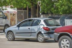 在街道上的汽车在事故以后 库存照片