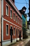 在街道上的老大厦 库存照片