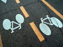 在街道上的自行车 库存图片