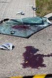 在街道上的血液在车祸以后 免版税图库摄影