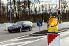 在街道上的警报信号反射器 免版税图库摄影